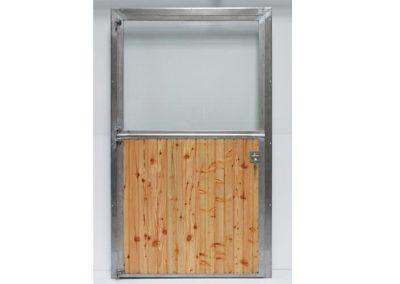 Stalltür mit Holzfüllung